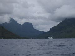 Moorea looming ahead